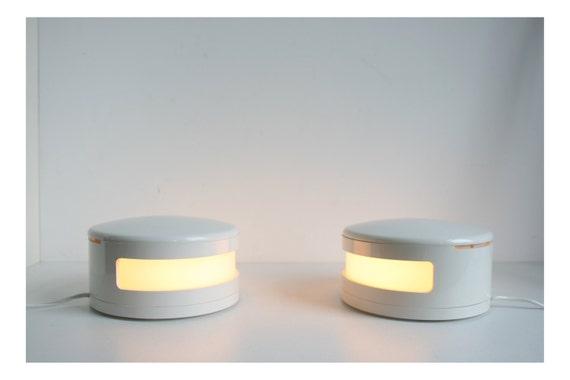 zwei bilumen tabelle leuchtet retro wei weich 70er jahre. Black Bedroom Furniture Sets. Home Design Ideas
