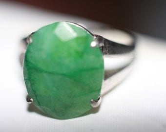 Giant Emerald sterling silver ring size 7