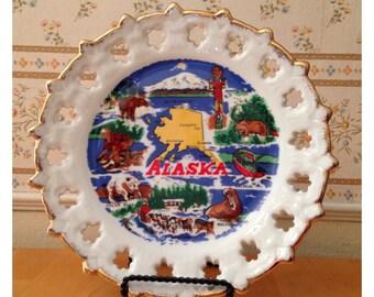 State of Alaska ceramic souvenir plate