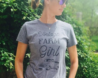 Vintage Farm Girl T shirt, T shirt women, T shirt vintage, T shirt with saying, T shirt gift, gift for her, T shirt