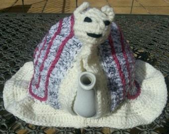 Hand crocheted unique snail tea cosy, 6- 10 cup size tea pot.