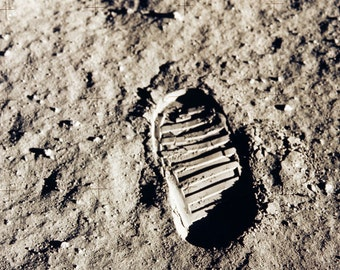 First footprint on another world - Buzz Aldrin's footprint 1969