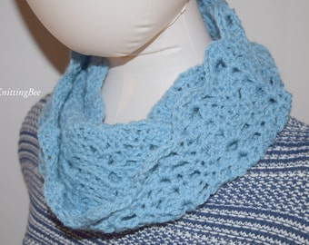 Hand Knit Lace Pattern Cowl in Blue