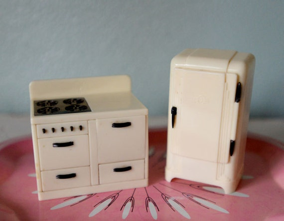 Vintage Plastic Dollhouse Furniture Plasco Dollhouse Kitchen