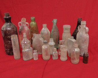 22 Vintage Glass Bottle Lot Gillette Penick Ford Clorox Coca Cola Desert Dig Find