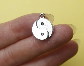 Wholesale charms - 10 Silver Yin and Yang Gossip Charms Pendants  15*15mm