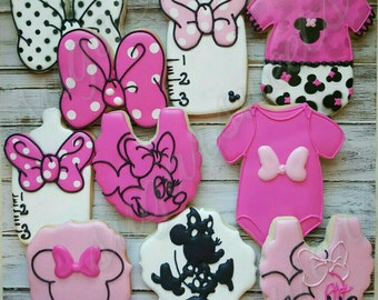 This listing is for one dozen customized cookies.