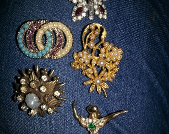 Nice Vintage Lot Brooches Pins
