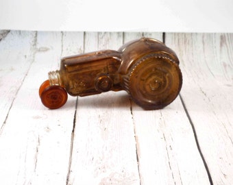 Avon Tractor decanter,vintage avon,tractor bottle,antique avon, glass tractor, collectibles