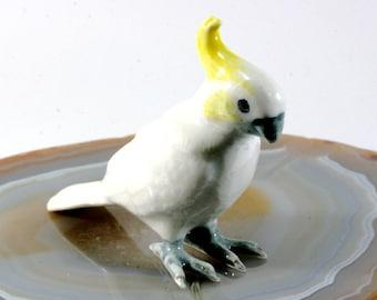 Cockatoo - handpainted porcelain figurine  --   4568