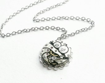 Steampunk Necklace // Watch Movement Necklace // Steampunk Jewelry // Watch Part Jewellery // Watch Mechanism