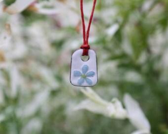 Tiny Daisy, enamel pendant, enamel jewelry