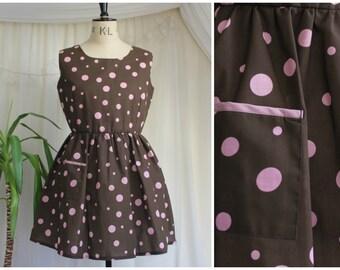 À main brun et rose robe à pois tacheté, robe d'été Smock, Pin Up des années 1950 inspiré fait sur mesure, 12-14 UK / US 8-10 / EUR 40-42