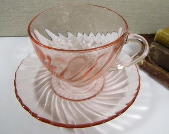 Arcoroc - Pink Swirl Pattern Glass - Teacup and Saucer Set - Made in France