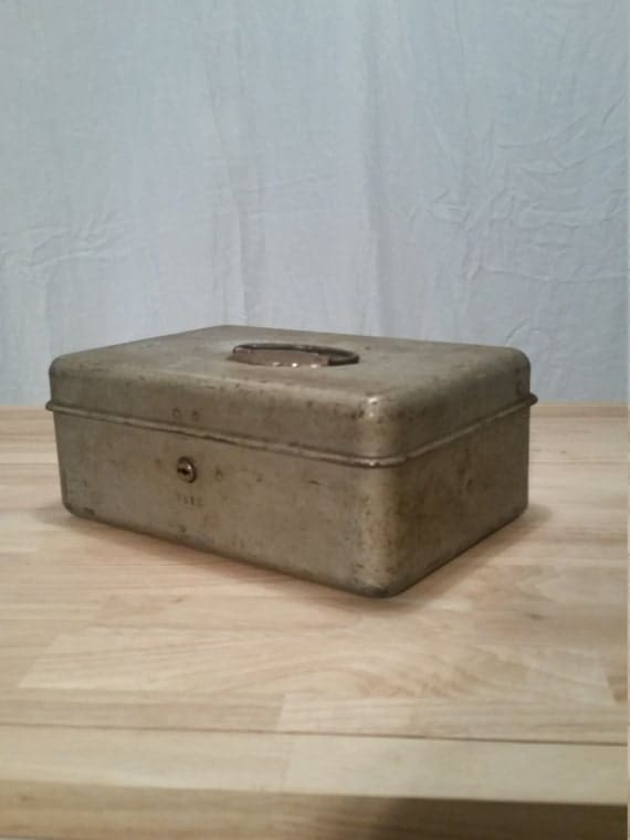 Awesome vintage cash box for Awesome money box