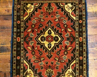 Vintage Persian Rug Hamadan Oriental Rug / Floral