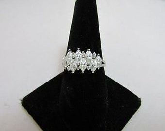 925 Silver ring WITH CLEAR CRYSTALS JP5158