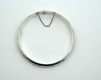 Vintage Hollow Sterling Silver Hinged Bangle Bracelet With Safety Chain #VTGBBC-BB1