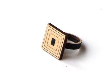 Laser cut wooden ring - model 1/1