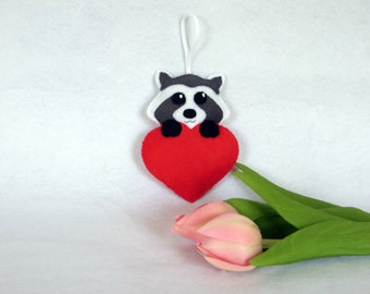 Kawaii raccoon, felt ornament, felt animals, kawaii felt, raccoon, red heart, heart ornament, door hanger, kawaii, made in france, felt
