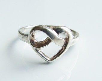 Vintage 925 Sterling Silver Heart Ring Size 6 - L 1/2