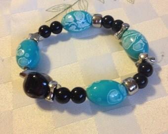 Beaded Bracelet. Made in Kenya