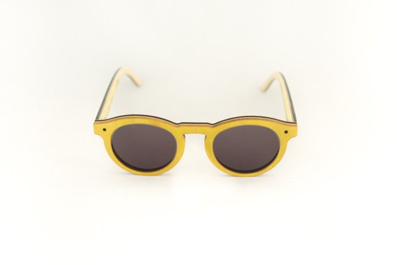 skateboard recycled sunglasses BOWL shape ! Yellow grey color #madeinfrance
