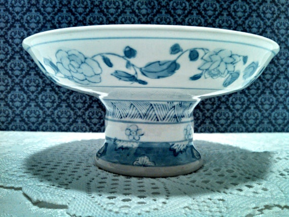 Vintage chinese pedestal compote blue and white ceramic