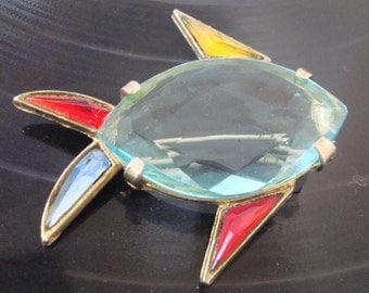 Vintage Glass Fish Brooch Pin