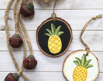 Pineapple Wood Slice Art Ornament - Christmas Ornament - Wood Slice - Personalised Ornament - Custom Tree Decor - Wall Art - Wood Ornaments