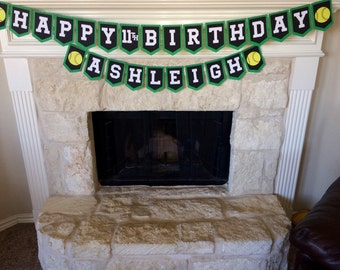Softball birthday banner (with name and age!) Sport can be customized!