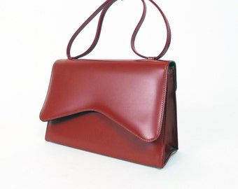 Vintage 1950s red faux leather handbag purse