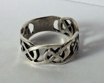 Heavy Sterling Silver Celtic Style Ring size 7.5