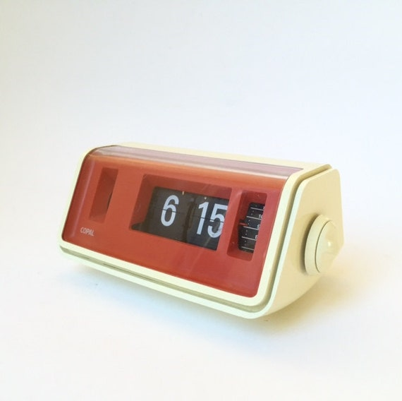 Vintage Electric Flip Clock Copal Made In Japan White Orange: white flip clock