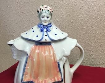 Vintage Granny Ann Teapot