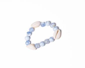 Chunky stretch bracelet with sea shell accent BLUE