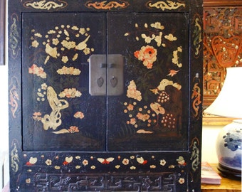 Antique Black Lacquer Cabinet, Vintage Chinese Black Cabinet with Motif from Strange Imports