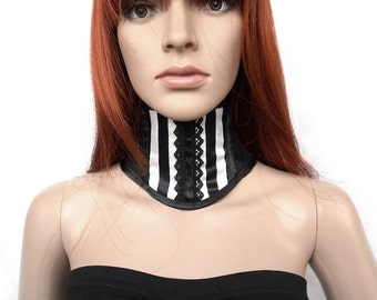 Neck corset with black and white stripes