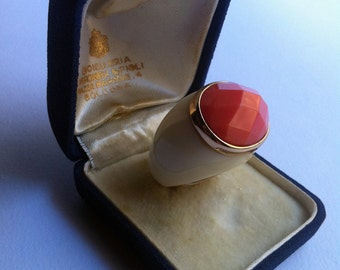 Vintage Art Deco Ring faux ivory, coral, gold-vintage Art Deco Ring, imitation ivory, coral, gold