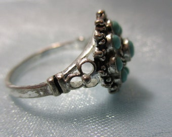 Dainty 9.25 Silver and Turquoise Cluster Ring