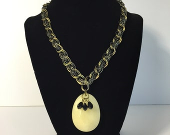 Stone and Chains Necklace