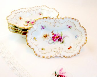 SALE Set of 4 Handpainted China Trinket Dishes or Candy Dishes, Antique Victorian Trinket Dishes, Dresden China, Limoges China, 1800's China