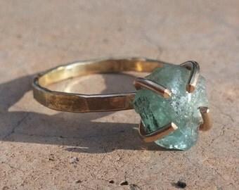 Raw Apatite Ring, Rough Apatite Ring, Genuine Apatite Stone Ring, Stacking Ring, 14k Gold Filled Ring, Rough Stone Ring, Made to Order