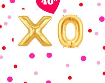 "40"" Gold 'XO' balloons. Gold love balloons. Jumbo love balloons. Wedding decor. Bridal shower decor. Engagement party. Anniversary party"