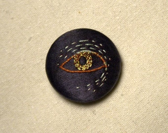 Hand Embroidered Pin/Brooch - EYE 2