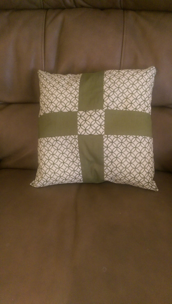 Small Green Decorative Pillow : small green throw pillow
