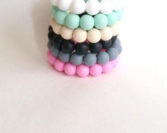 Silicone teething bracelet - Chew bracelet - teething bracelet for mom - Smooth silicone round beads - new mummy present