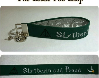 Embroidered Harry Potter Hogwarts Slytherin Key Fob/Wristlet with Charms