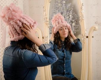 Women Pom Pom Hat, Slouchy Knit Hat, Super Chunky Hat, 18 micron Merino Wool.