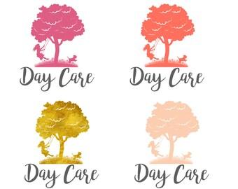 Diseño de logotipos personalizados guardería oro logo, diseño de logo que hace pivotar chica, niño árbol insignia, diseño de logotipo niña oscilación, perro lindo logo de chica swing